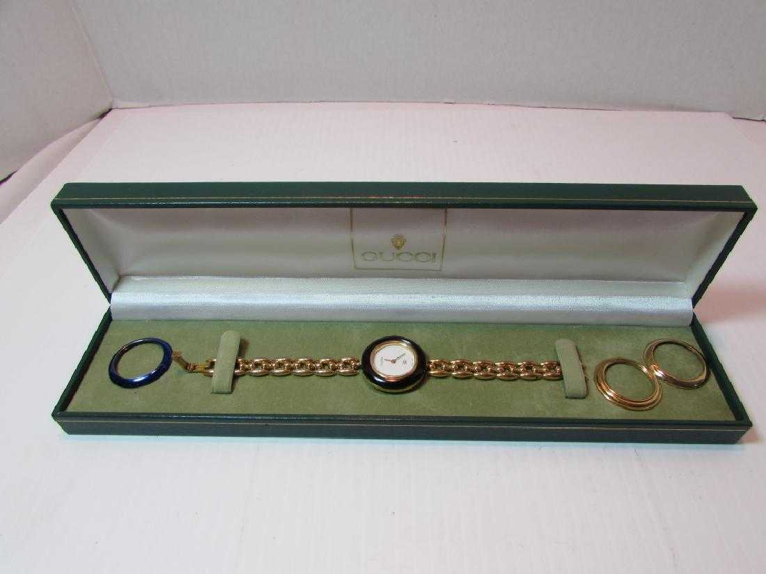 83d3f3edf51 GUCCI WATCH CHANGEABLE BEZELS IN CASE GOLD TONE