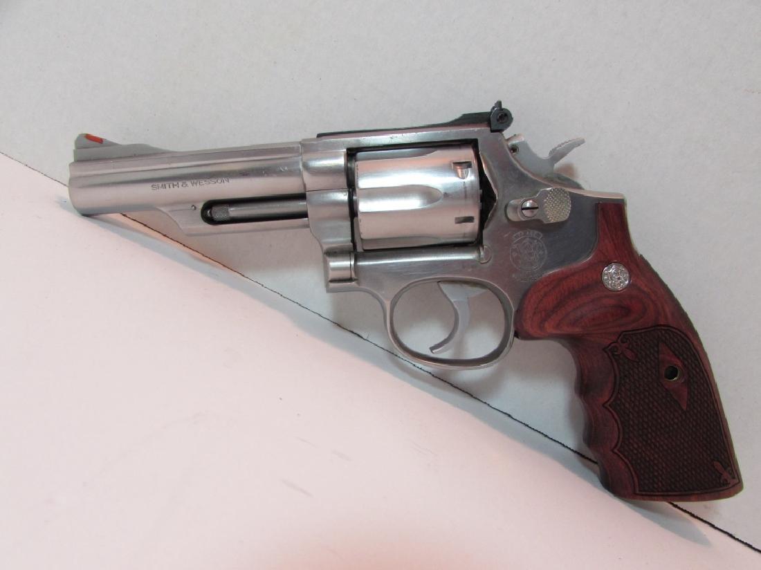 S&W 357 66-2 MAG STAINLESS REVOLVER HANDGUN 6 SHOT