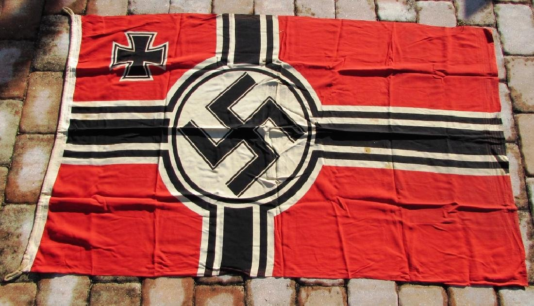 GERMAN WWII NAZI BATTLE FLAG IRON CROSS SWASTIKA