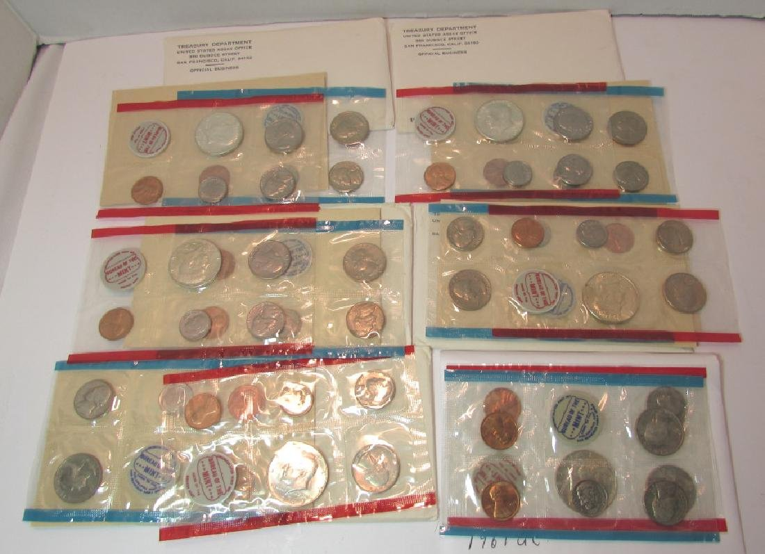 6 UNCIRCULATED COIN SETS US UNC MINT - 2
