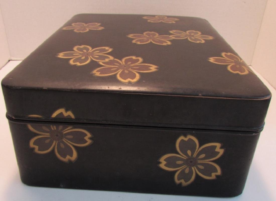 ANTIQUE JAPANESE LACQUER WOOD BOX GOLD INLAID - 2