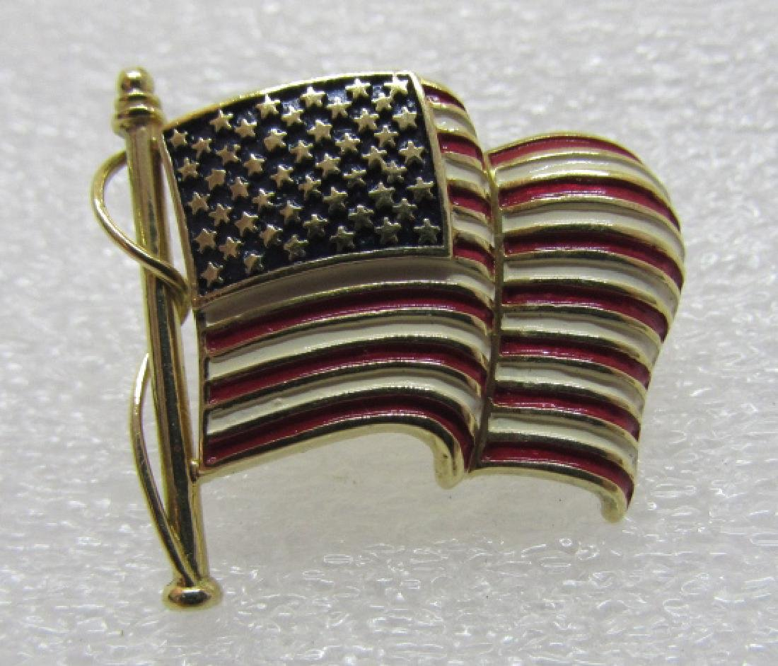 18K GOLD TIE TAC LAPEL PIN USA FLAG AMERICAN