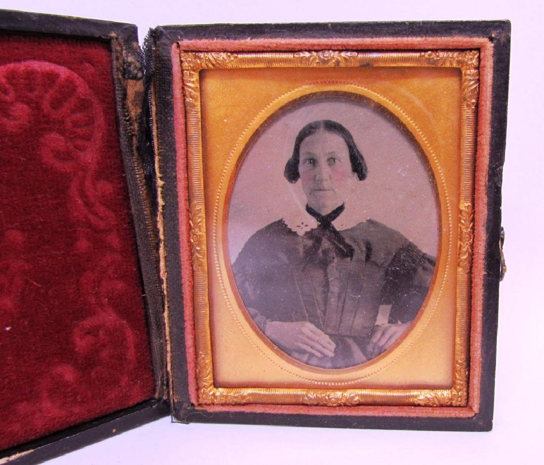 DAGUERREOTYPE PICTURE PHOTOGRAPH OF WOMAN ANTIQUE - 2