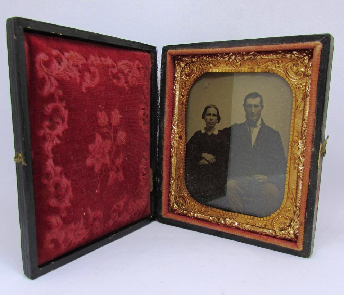 DAGUERREOTYPE PICTURE PHOTOGRAPH MAN & WOMAN