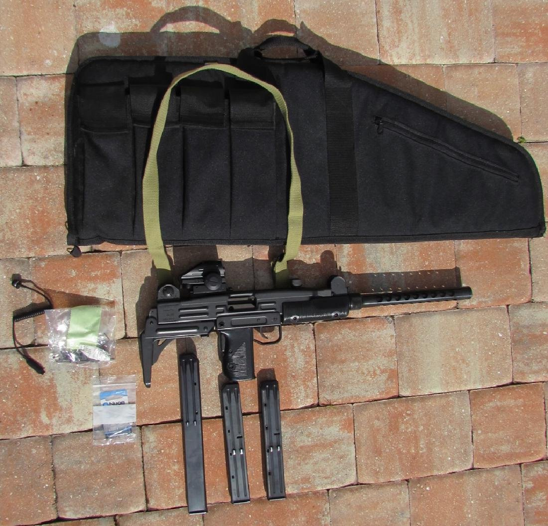 UZI MOD 45 ACP SEMI-AUTO LONG GUN RIFLE CASE MAGS