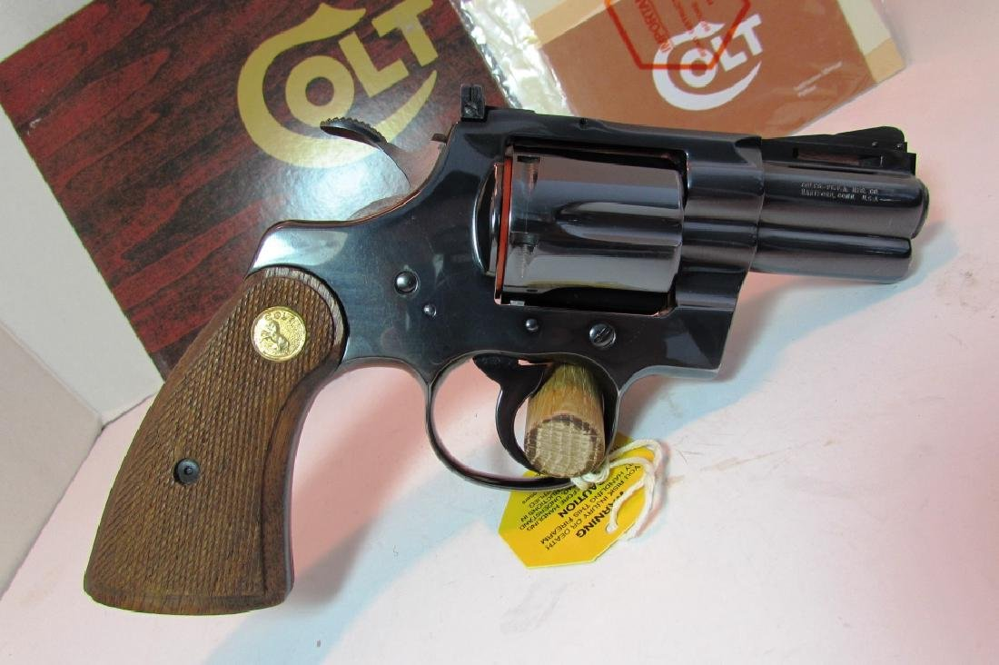 "COLT PYTHON 2.5"" BLUED 357 MAG HANDGUN BOX PAPERS - 3"