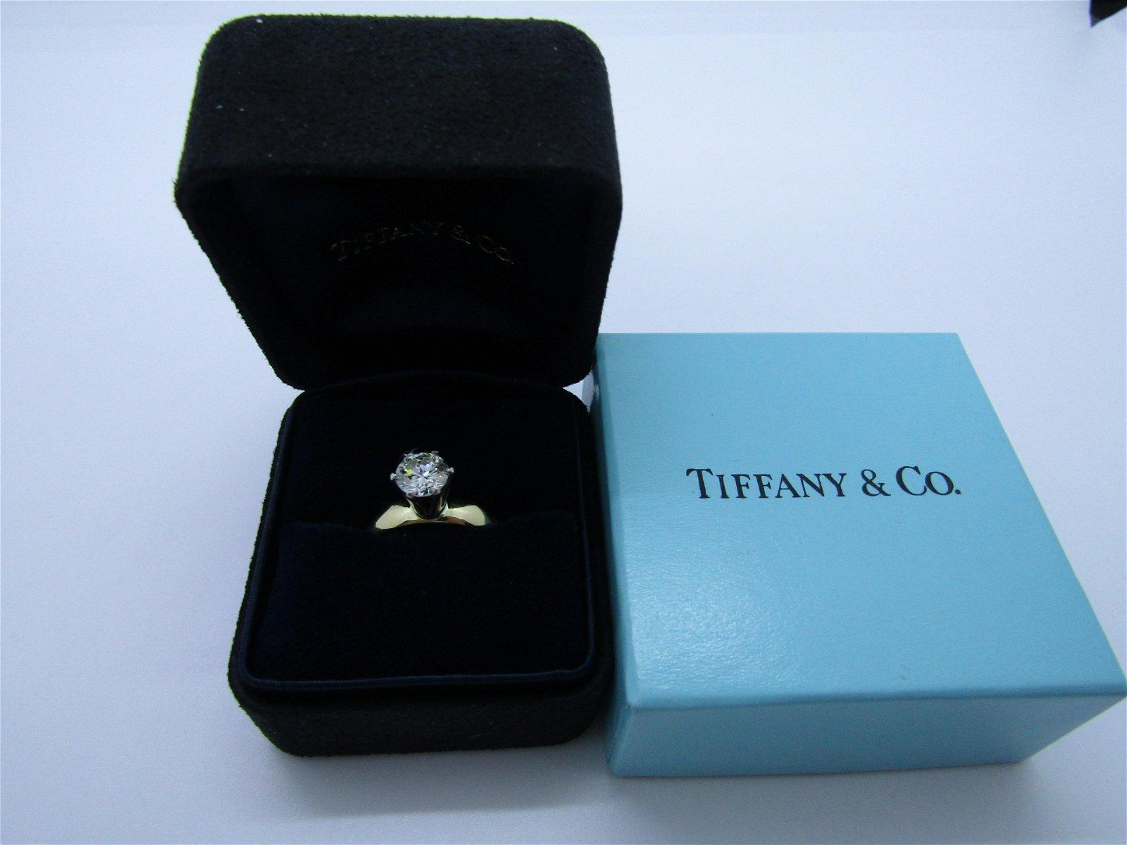 TIFFANY & CO .93CT VS DIAMOND RING 18K GOLD