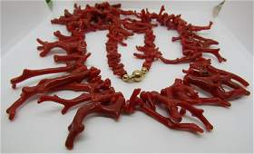 30 BRANCH CORAL BEAD NECKLACE 18K GOLD 750