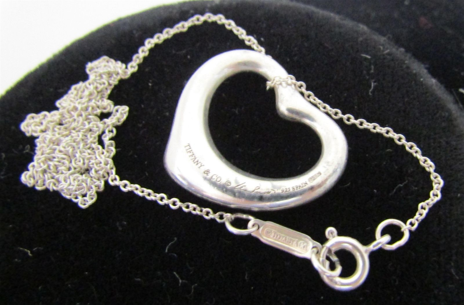 TIFFANY & CO PENDANT & NECKLACE STERLING SILVER