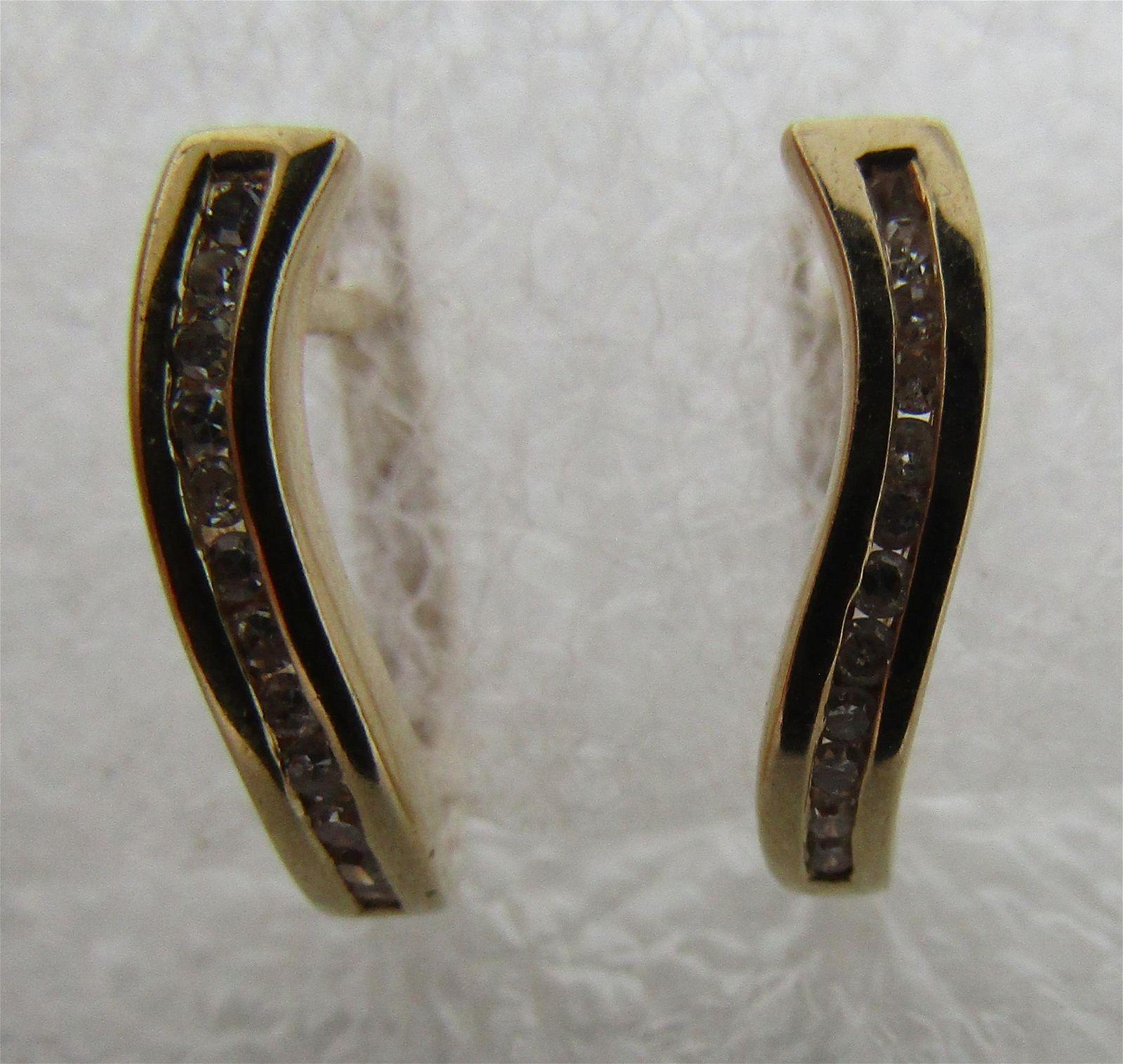 .25CT DIAMOND HUGGIE 14K GOLD HOOP EARRINGS