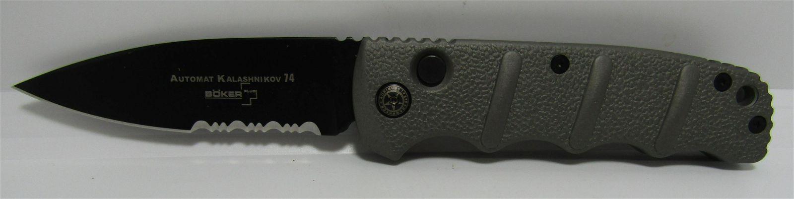 BOKER SWITCHBLADE KNIFE.
