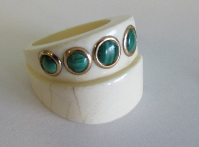 14kt Gold Ivory & Malachite Ring Modern Style