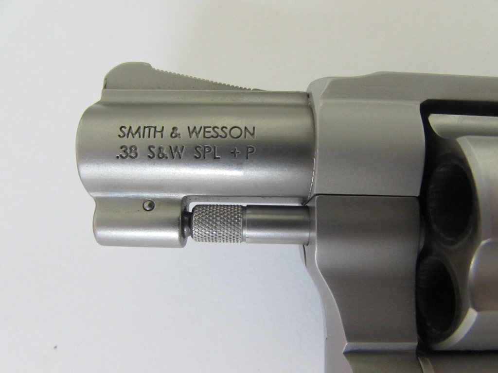 SMITH & WESSON AIRWEIGHT 38 SPECIAL HAMMERLESS - 3