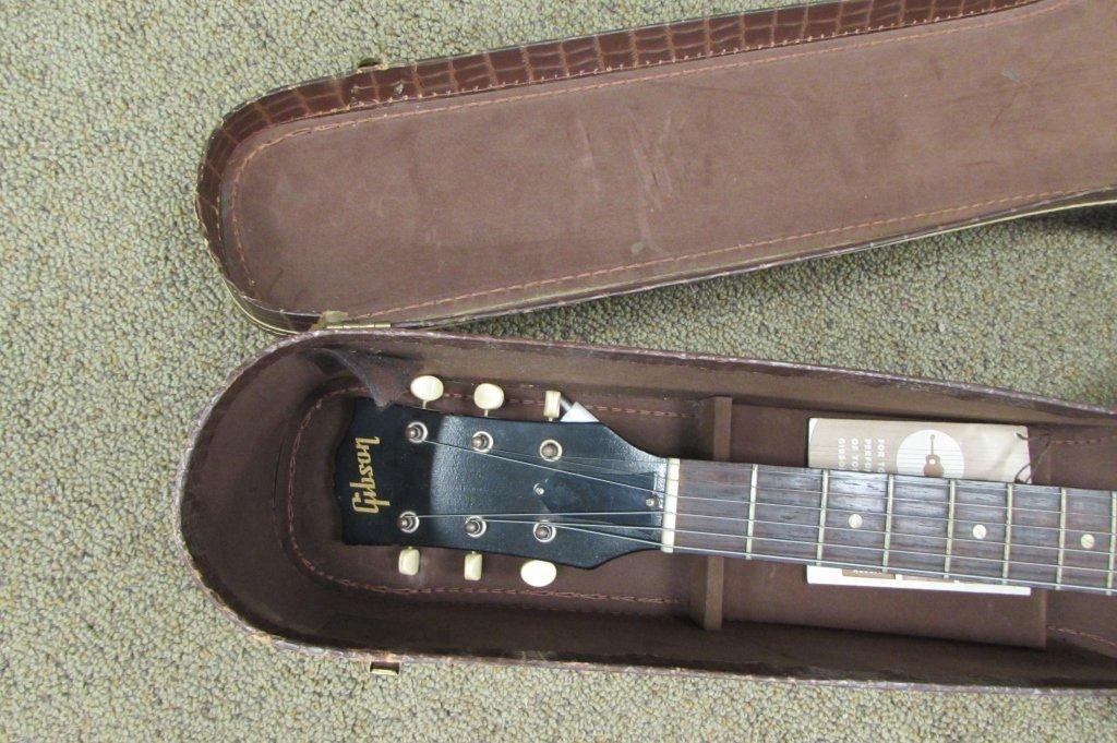 1961 GIBSON LGO ACOUSTIC GUITAR IN ALLIGATOR CASE - 2
