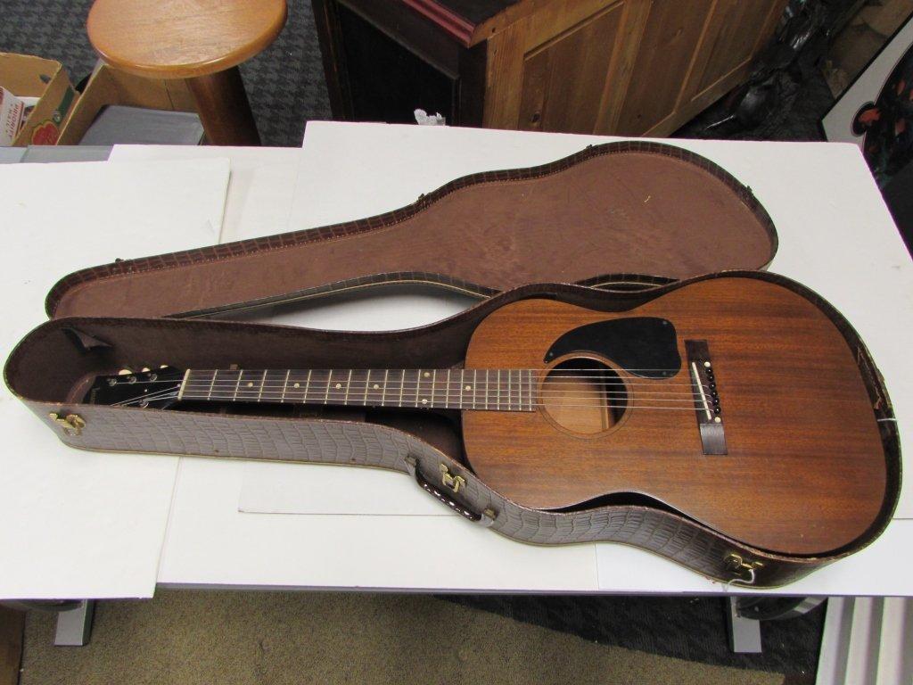 gibson lgo acoustic guitar kalamazoo case