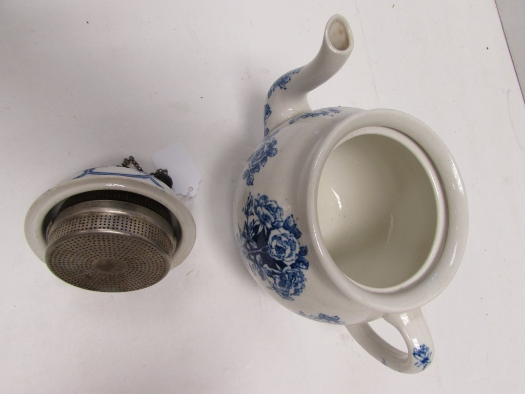 TEAPOT BUFFALO POTTERY ARGYLE 1914 BLUE ROSE - 3