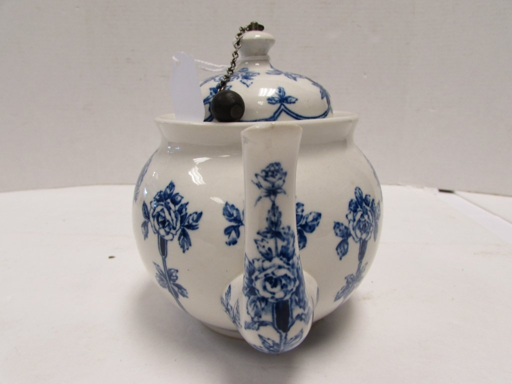 TEAPOT BUFFALO POTTERY ARGYLE 1914 BLUE ROSE - 6