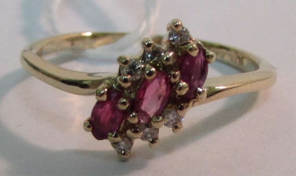RUBY DIAMOND RING 10K YELLOW GOLD