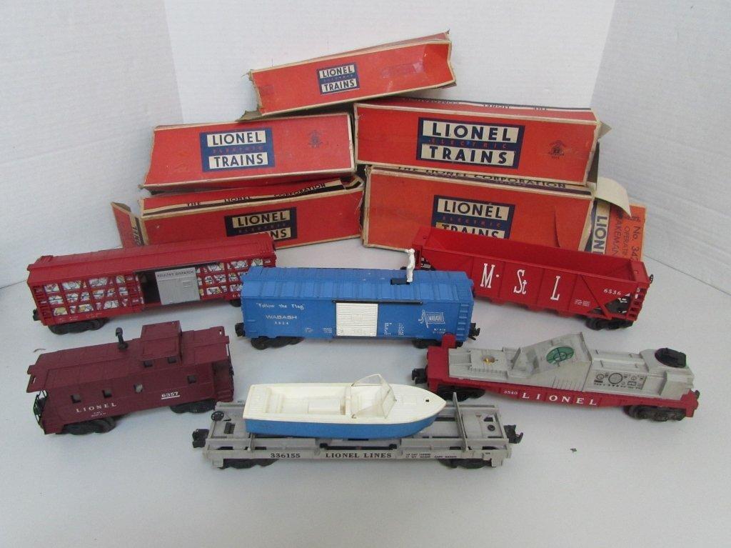 LIONEL TRAIN SET 6 CARS 5 BOXES
