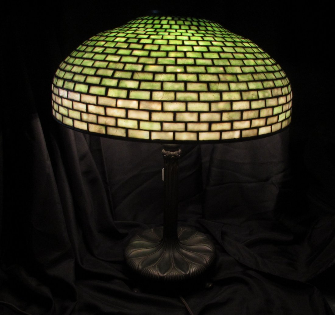 TIFFANY STUDIOS STAINED GLASS LIBRARY LAMP