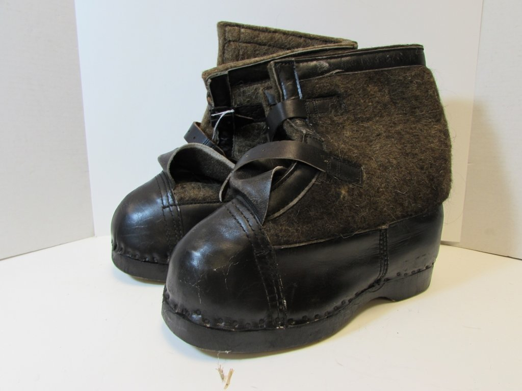 NAZI WINTER BOOTS EASTERN FRONT SNOW GERMAN