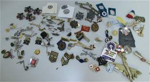 LOT WWII PINS BADGES MEDALS SWEETHEART US ARMY