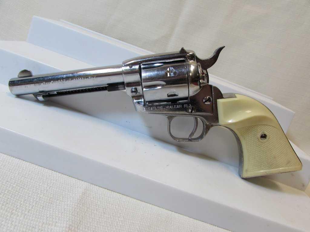 ARMI Tanfoglio model TA76 22lr revolver - YouTube