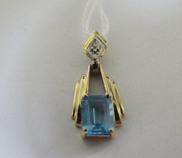 BLUE TOPAZ DIAMOND NECKLACE PENDANT 10K GOLD