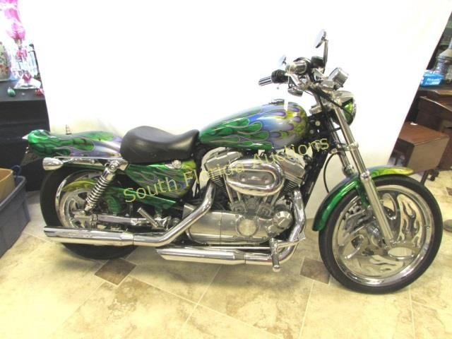 HARLEY DAVIDSON SPORTSTER CUSTOM 1200 MOTORCYCLE