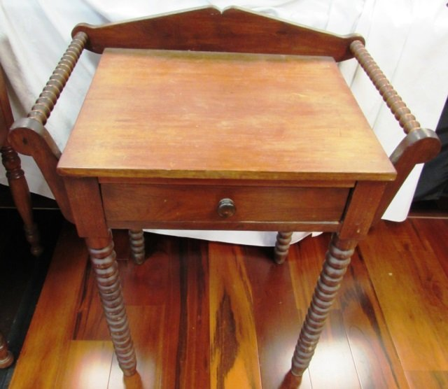 ANTIQUE SIDE TABLE WOOD CARVED DRY SINK WASH STAND