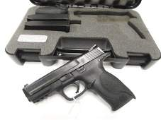 SMITH & WESSON M & P 40 CAL PISTOL STAINLESS CASE