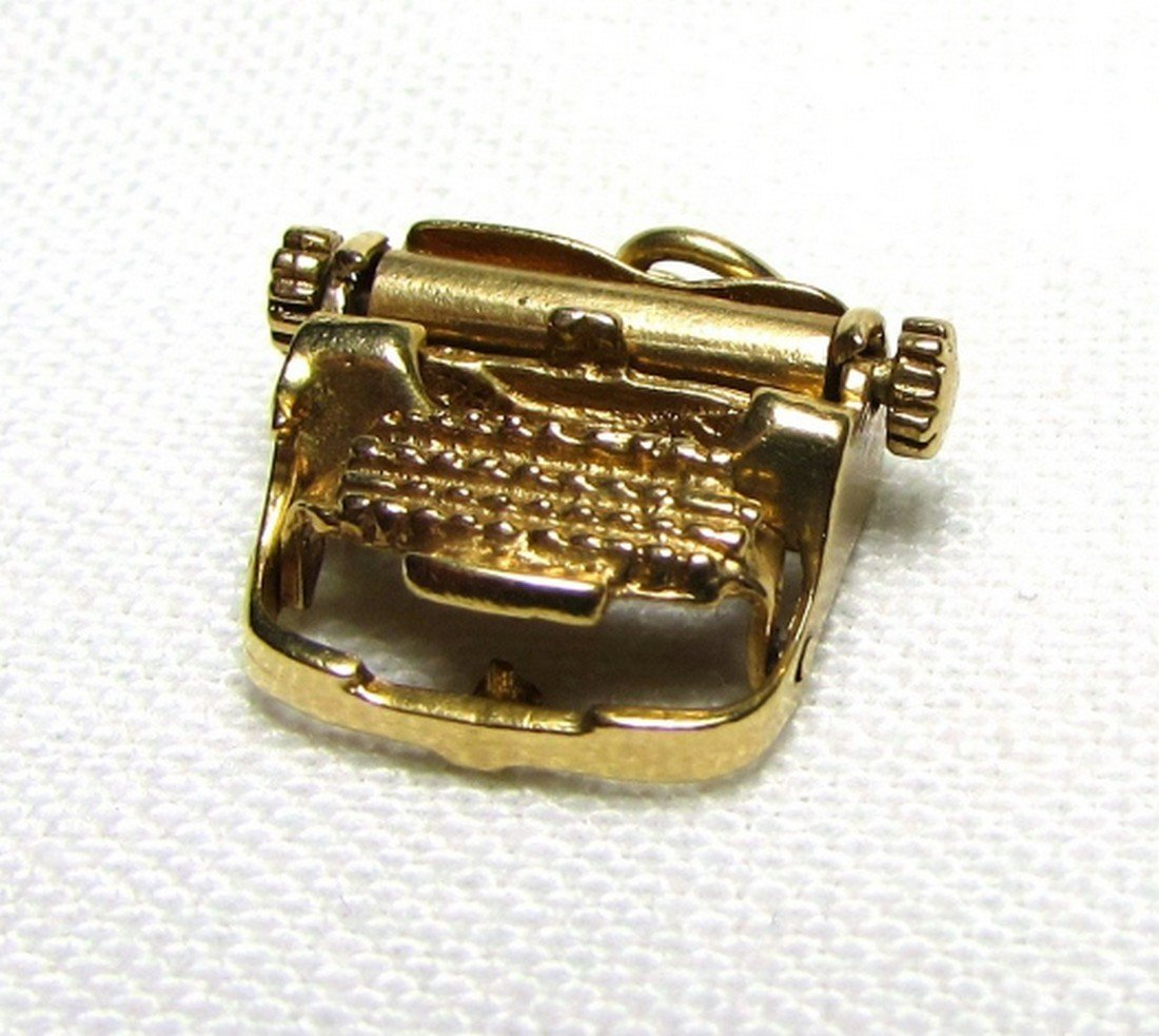 14K GOLD TYPEWRITER CHARM MOVABLE 3GRAMS WRITING