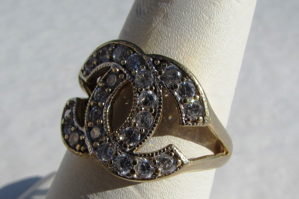 10k GOLD RING CHANEL STYLE 3.7 g CZ - 2
