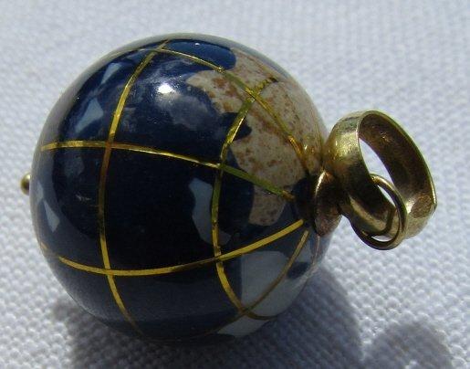 14K GOLD GLOBE PENDANT NECKLACE CHARM WORLD - 2