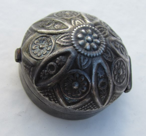 STERLING SILVER REPOUSSE COVERED PILL BOX - 2