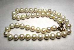 14K GOLD 10mm PEARL NECKLACE 20 CULTURED
