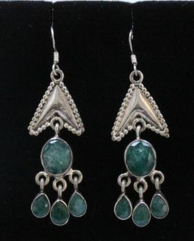 Sterling Silver .925 Vintage  Emerald gem stone
