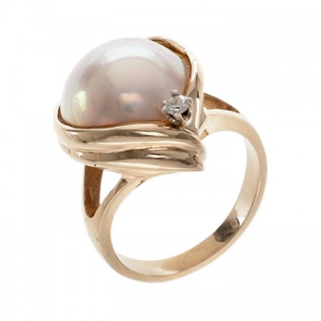 14.5-15.0mm Mabe Pearl Ring with Diamond