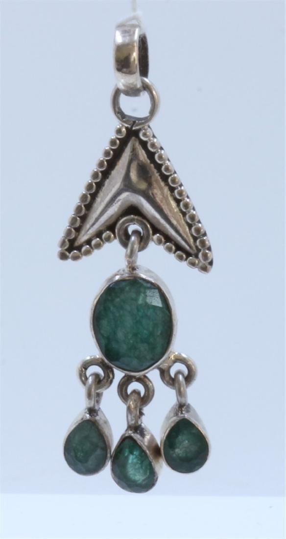 silver .925 pendant with emerald gem stone 6.76gram