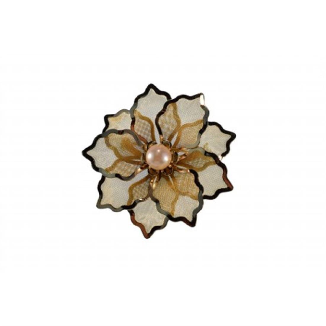 8.5-9.0mm Japanese Akoya Flower Pin