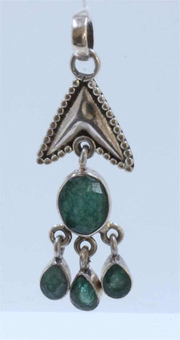 silver .925 pendant with emerald gem stone 6.76gram