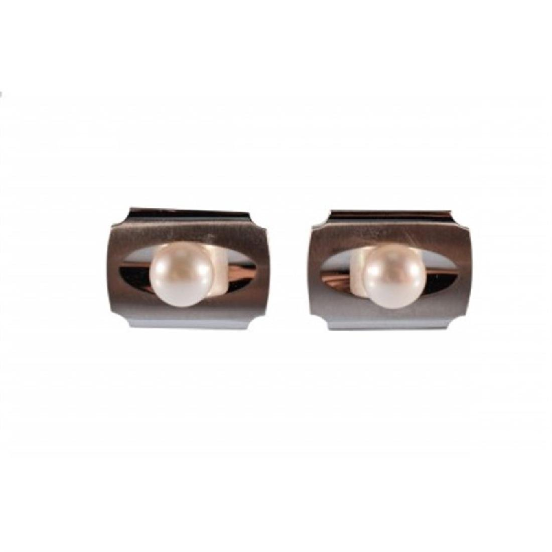 Silver Cufflinks with Freshwater Pearl