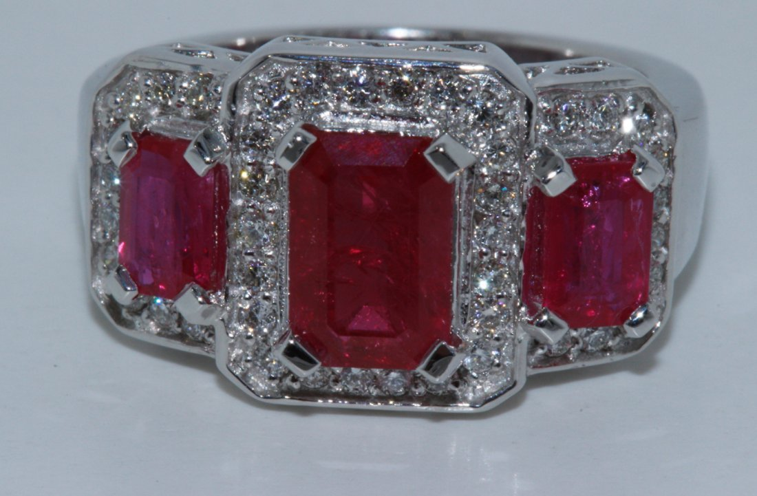 Natural Ruby 3.45cttw w/ Diamond Ring