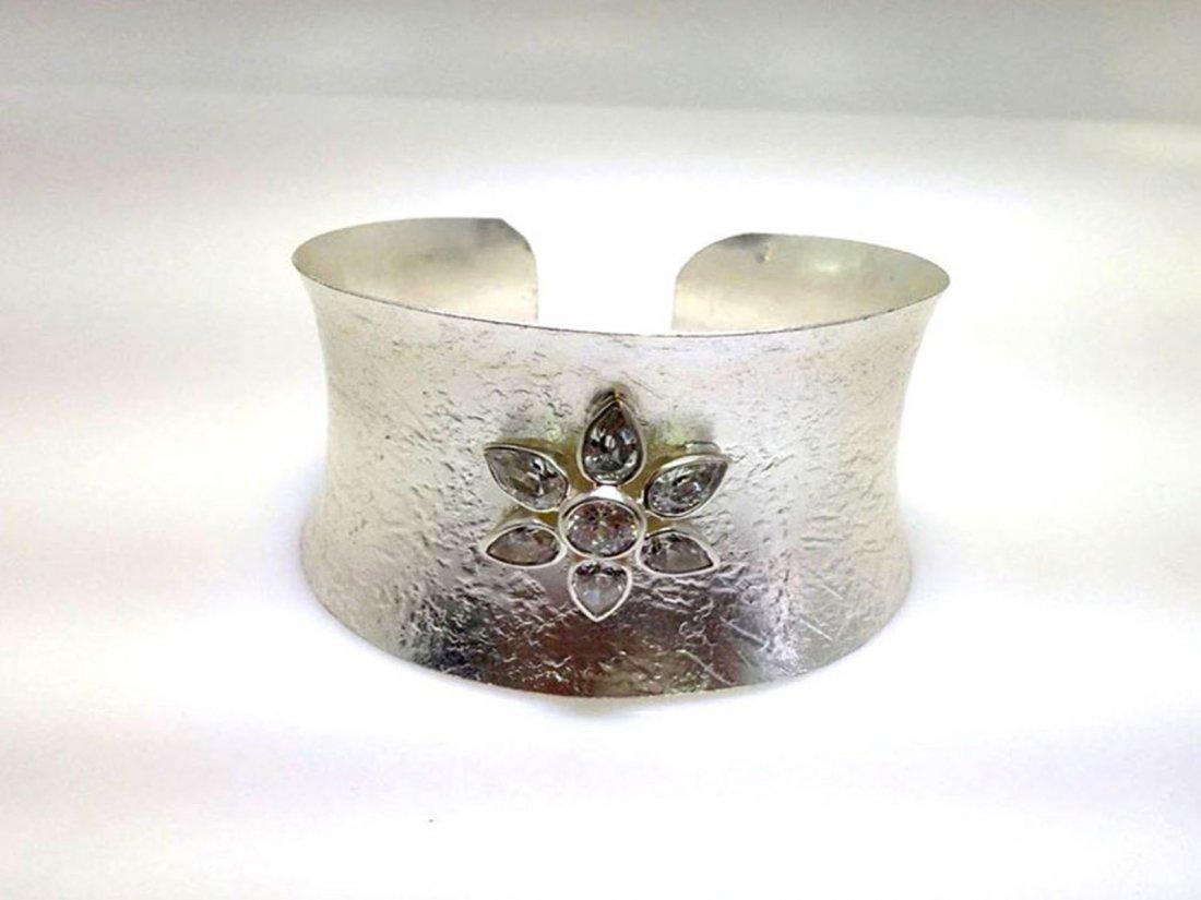 Sterling Silver .925 Flower Bangle