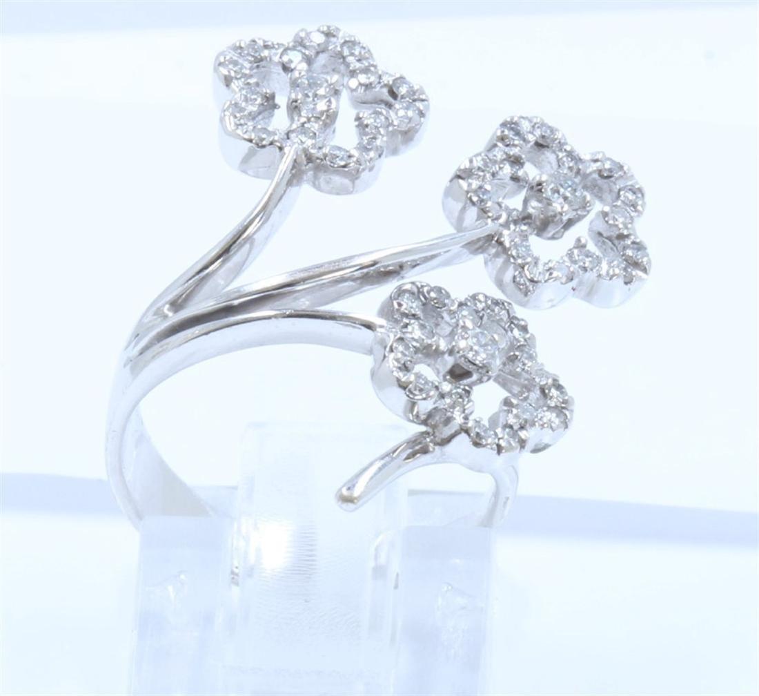 18K WHITE GOLD DIAMOND RING:5.10 GRAMS/DIAMOND:0.50CT