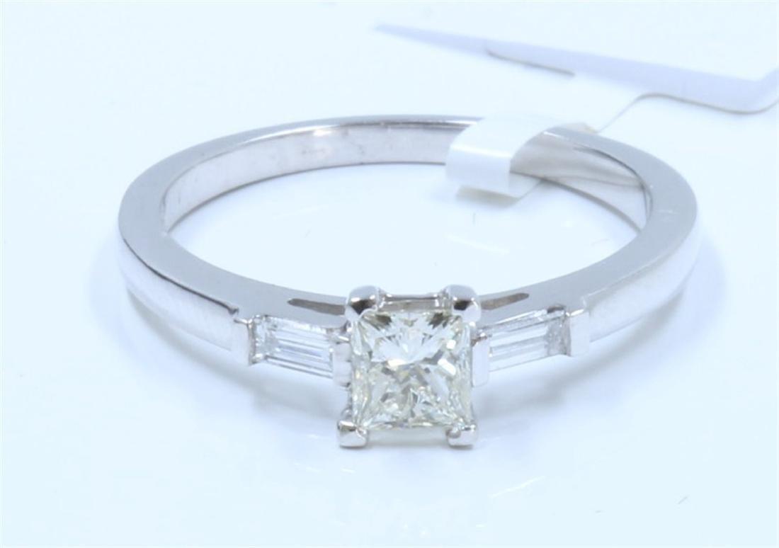 14K WHITE GOLD DIAMOND RING:2.60