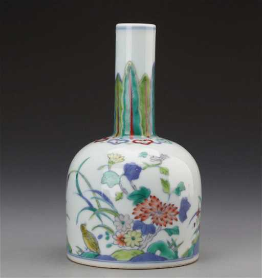 Chinese Dou Cai Bell Vase