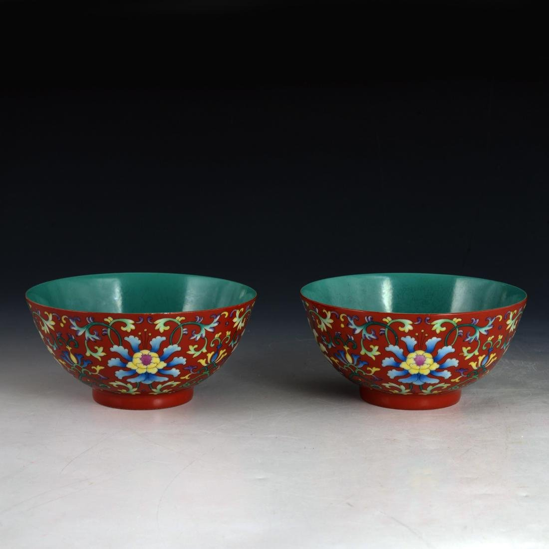 PAIR OF CHINESE RED GLAZED FAMILLE ROSE BOWL