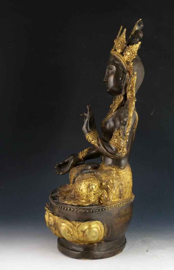 CHINESE BRONZE GILT BUDDHA - 3
