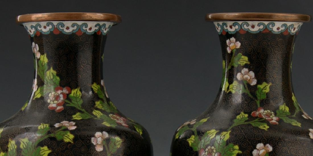 A Pair of Chinese Cloisonne Vase - 3